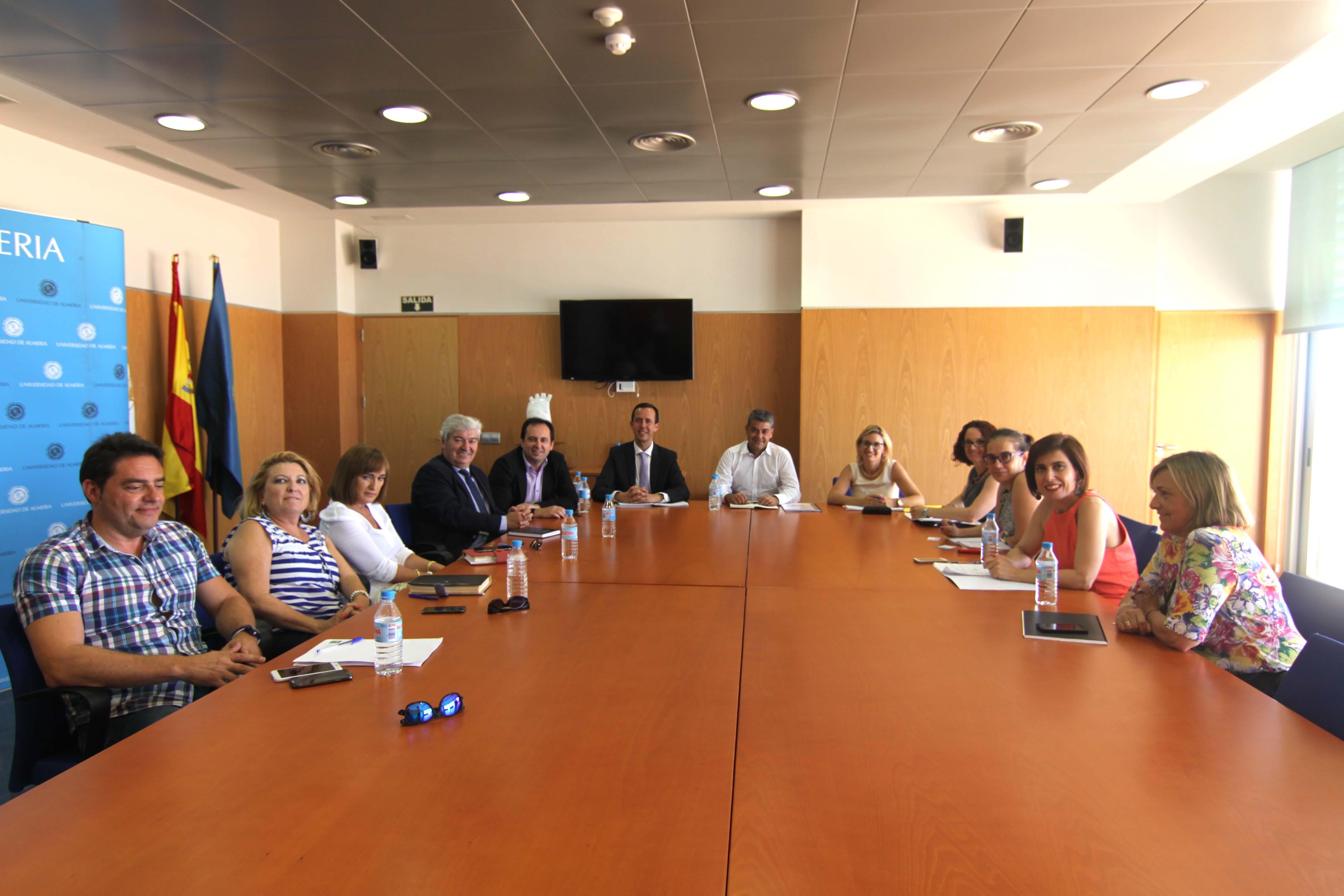 La UAL y la Delegación de Igualdad inician un plan de trabajo para ...