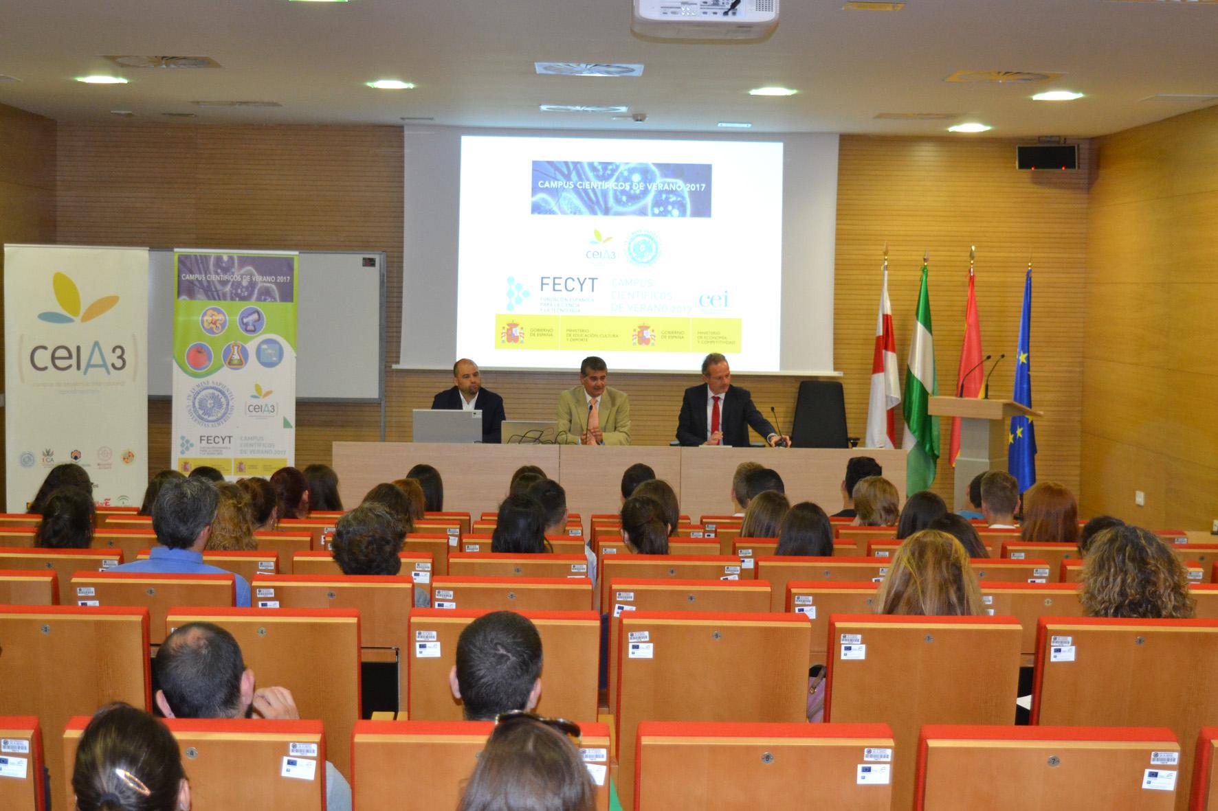 Inaugurado el Campus Científico de Verano que se celebrará en la UAL durante el mes de julio