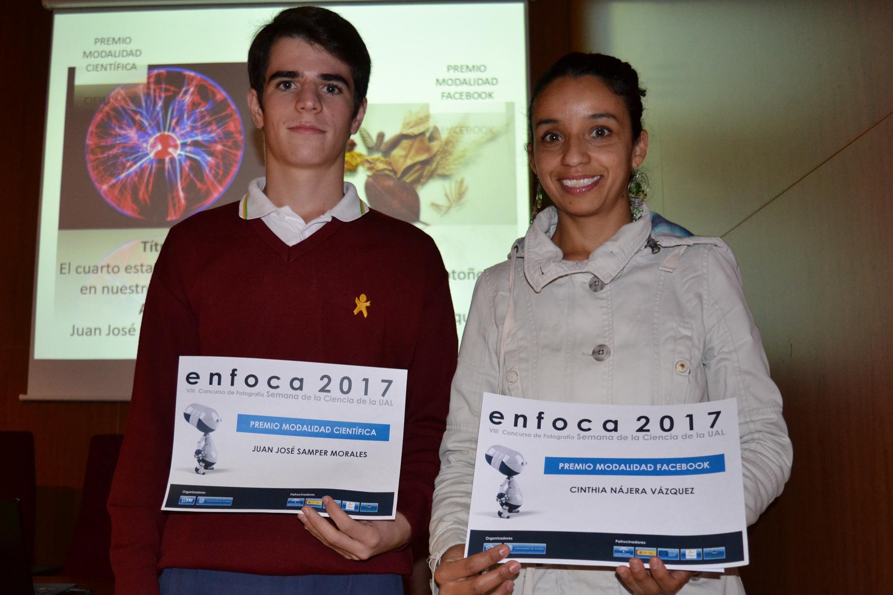 Cinthia Nájera y Juan José Samper, ganadores del concurso fotográfico ENFOCA