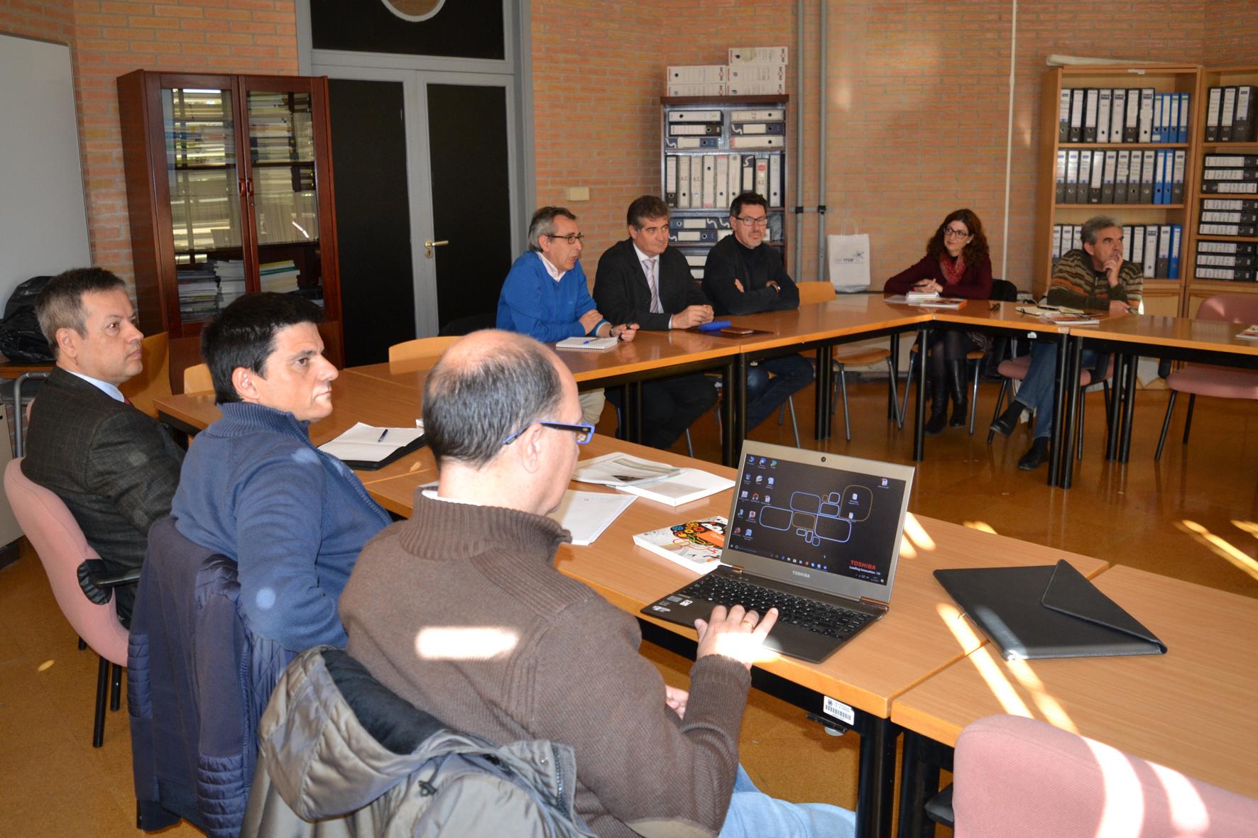 Investigadores de la UAL conocen el Plan de actuaciones de CEIMAR para 2018
