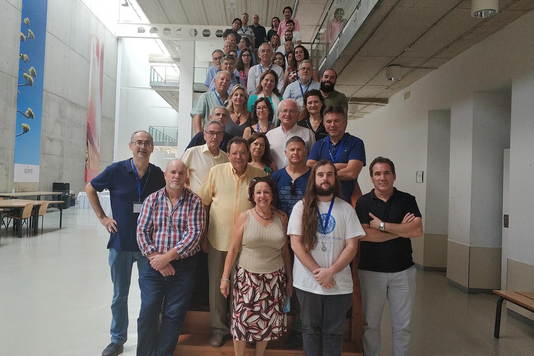 Expertos internacionales exploran en la UAL la frontera entre álgebra y análisis funcional