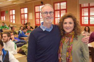 La UAL propone a sus estudiantes 'Educar con corazón'