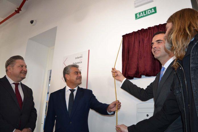 La UAL participa en el diseño e inauguración de la Biblioteca Central 'José María Artero'