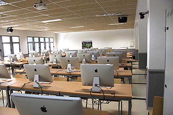 Estudiantes y profesores de la UAL podrán conectarse desde cualquier sitio a las aulas de informática