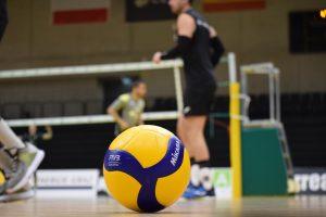 UAL Deportes reedita y da nivel docente de Superliga a su inminente curso de Entrenador Nivel I de Voleibol