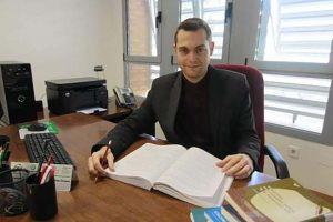 Un profesor de la UAL colabora con prestigiosos investigadores en una obra sobre pragmática