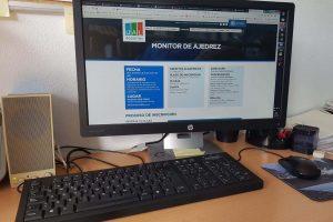 Programa de Formación 'COVID free' de UAL Deportes en 2021 iniciándose con el novedoso 'Monitor de Ajedrez'